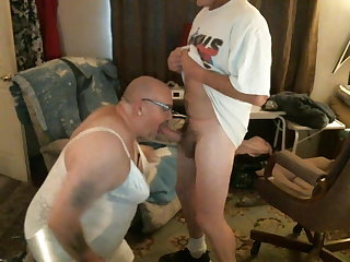 Chubby crossdresser loves to suck cock ands swallow