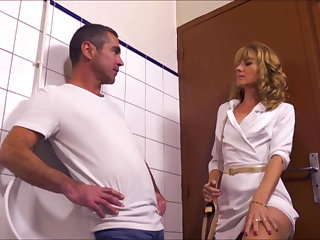 Pick Up Naomi Dominant Milf In Gas Station