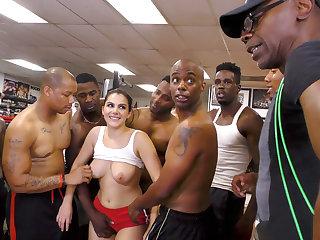 I Wanna Suck Some Dick Coach - Valentina Nappi Valentina Nappi