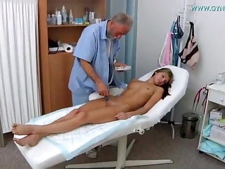 Saggy Tits Gina Gerson visits her gynaecologist