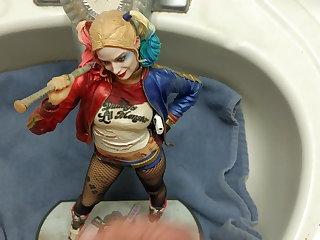 Masturbation Harley Quinn Suicide Squad figure cum tribute