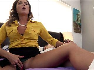 Tits Helena Price, Horny Mom