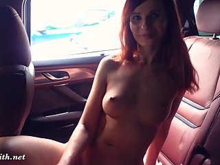 Pissing Jeny Smith was caught naked in a car twice