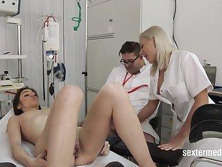 Close-ups Lullu Gun beim Arzt