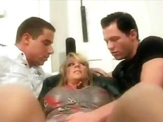 Bisexuals Hot Milf & Her Bi Male Friends